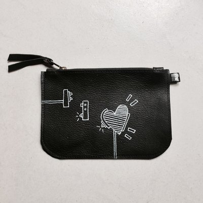 Rockin' Items b.Art Black Clutch Robot Heart