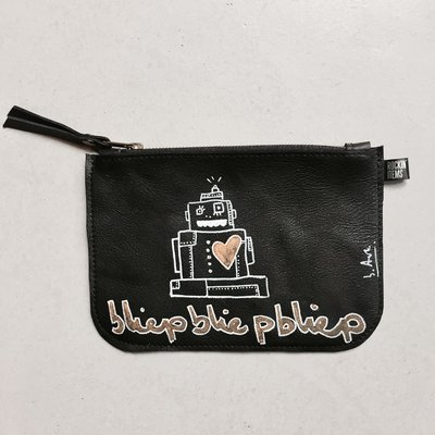 Rockin' Items b.Art Black Clutch Robot